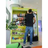 máquinas de snacks e refrigerantes